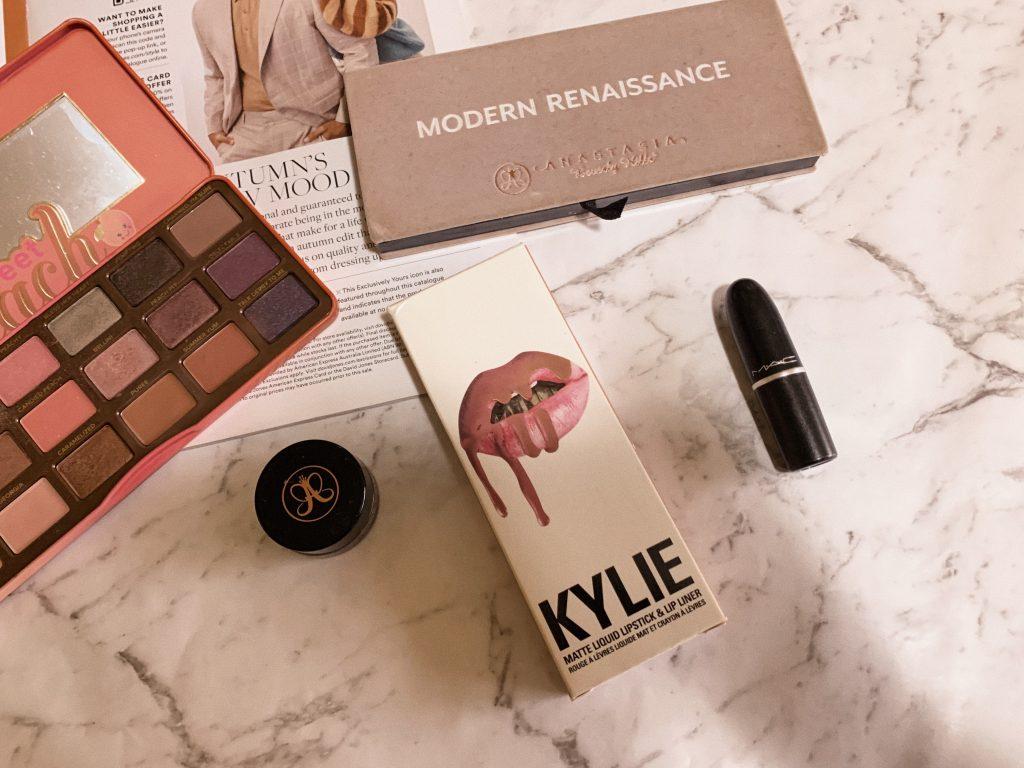 classic makeup worth the hype kylie kenner lip kit kandy k posie abh modern renaissance brow pomade mac lipstick velvet teddy mehr whirl twig matte cult beauty