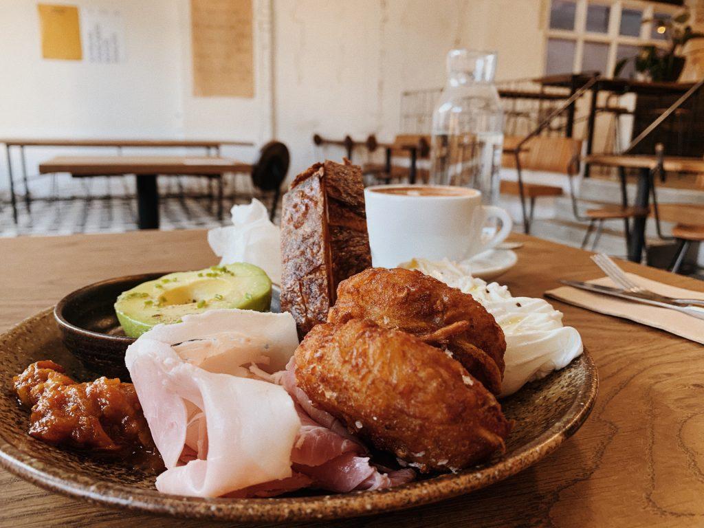 mecca coffee cafe breakfast brunch