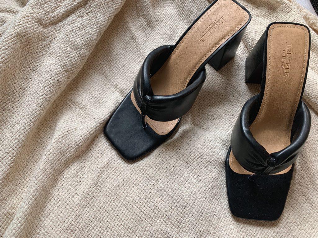 asos thong heels black truffle collection